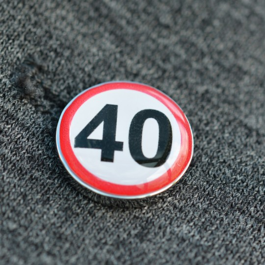 40 MPH Speed Sign Lapel Pin badge