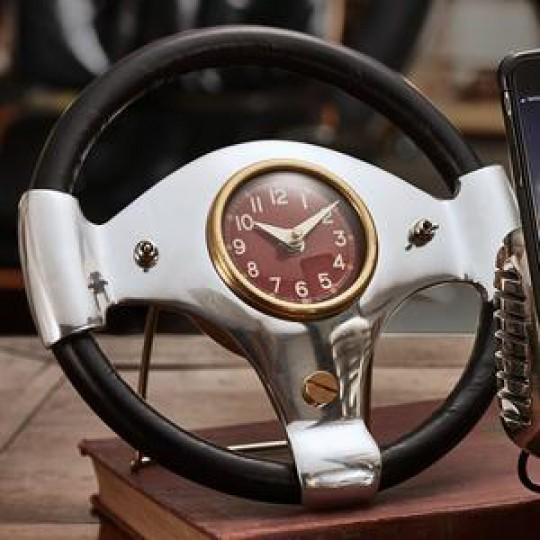 Speedster Desk Clock