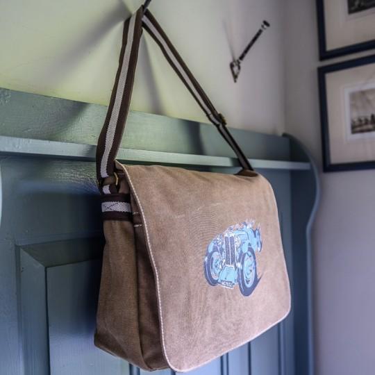 MG Messenger Bag Khaki